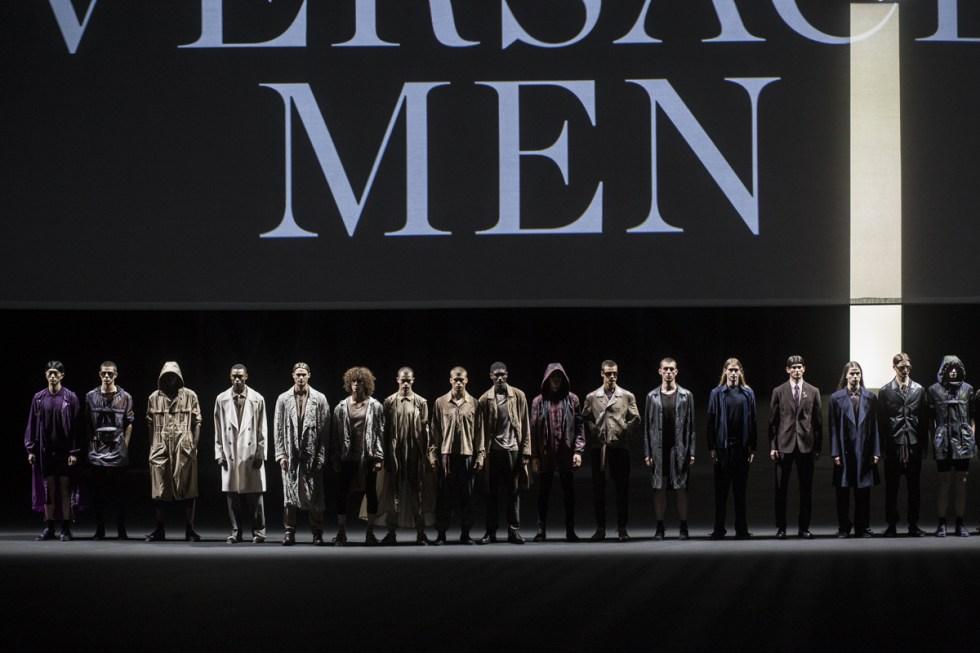 Versace Men SS17 finale during Milano Moda Uomo