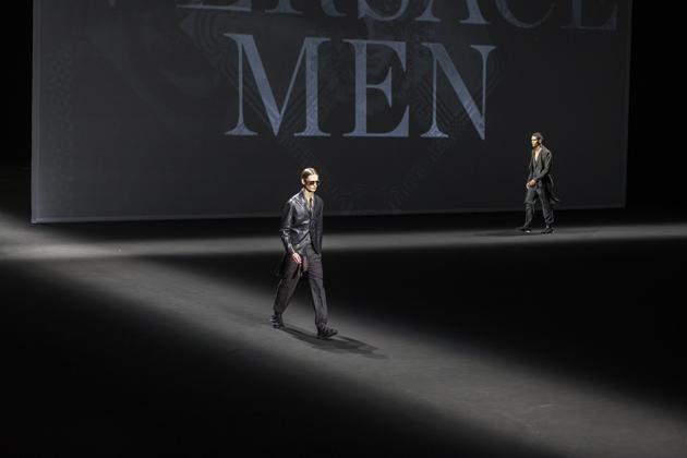 versace-men-spring-summer-2017-03