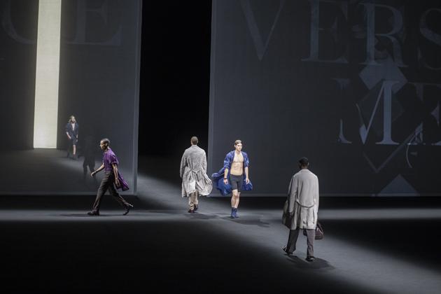 versace-men-spring-summer-2017-07