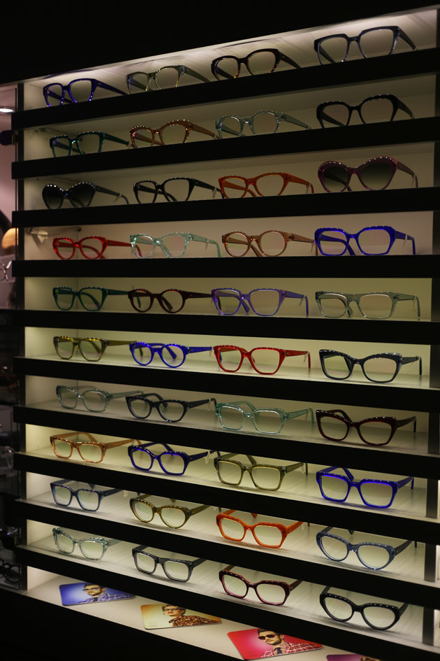 kirk-and-kirk-transition-frames-eyeworks-experience-03