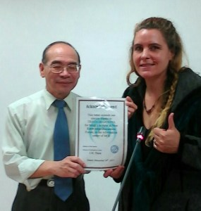 Trista di Genova received an award Dec. 16, 2015 from the Taiwan Ministry of the Interior's information minister for her research contributions. Photo: The Wild East