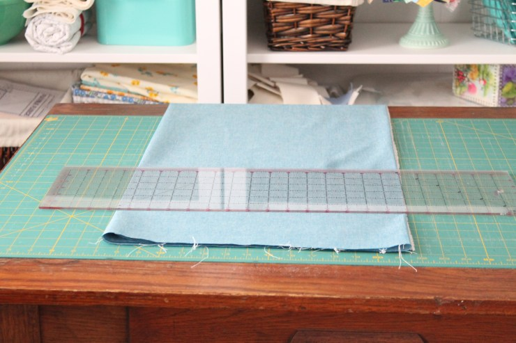 How to cut quilt squares bigger than your ruler.How to cut quilt squares bigger than your ruler.