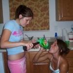 girl_beer_bongs_16