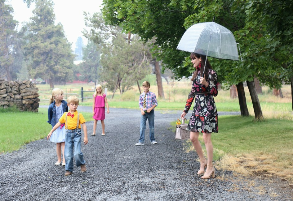 Rainy Sunday Best with Donna Morgan + Welden Bags 1a