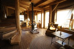006 timber-frame-house-livingroom1