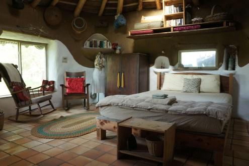 Gobcobatron: Cob House Interior