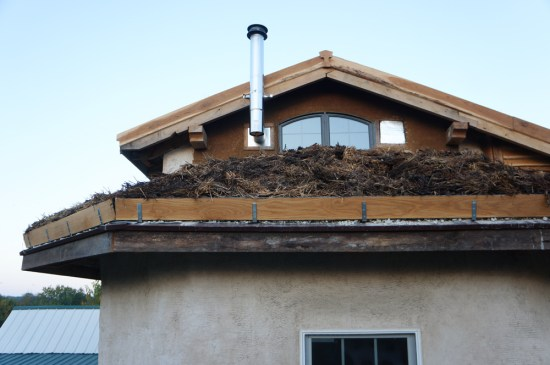New Green Living Roof: Straw Bale House