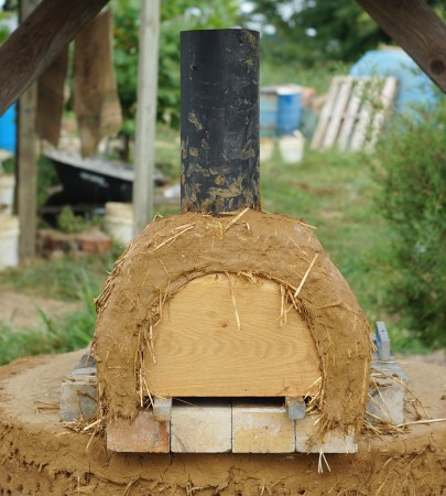 Better Outdoor Pizza Oven: Cob Arch