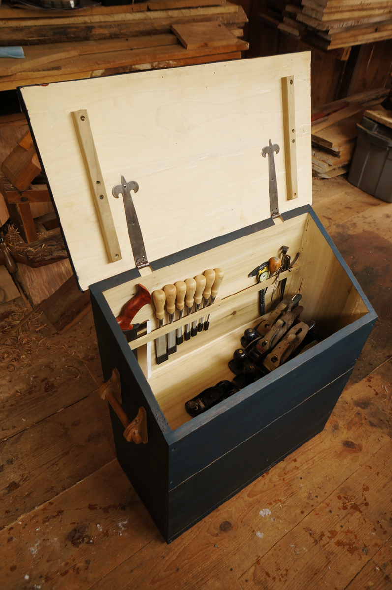 Large Dutch Tool Chest Large Dutch Tool Chest Plans