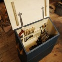 A Simple Dutch Tool Chest for Hand Tool Storage