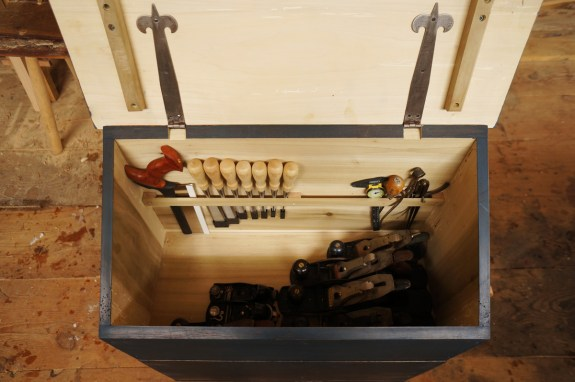 Inside My Large Dutch Tool Chest