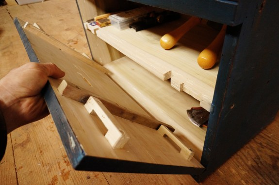 Dutch Tool Chest Fall Front