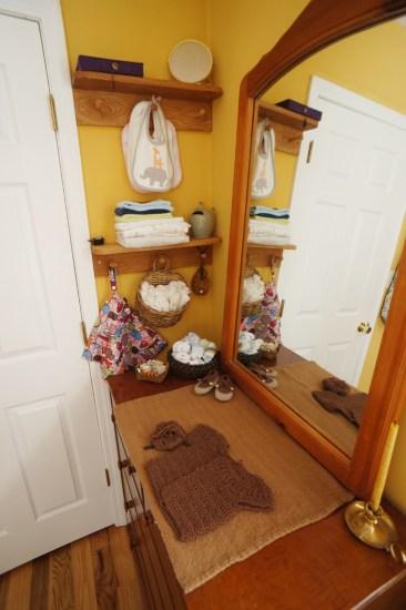 Bedroom - Little Shelves