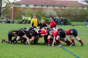 Roses2015 rugby review scrum