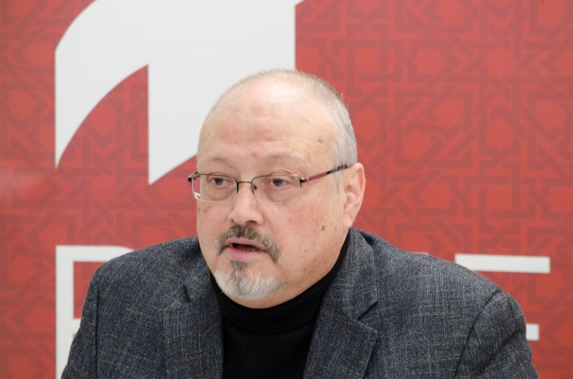 "Jamal Khashoggi, Saudi journalist, Global Opinions columnist for the Washington Post, and former editor-in-chief of Al-Arab News Channel Jamal Khashoggi offers remarks during POMED's ""Mohammed bin Salman's Saudi Arabia: A Deeper Look."""