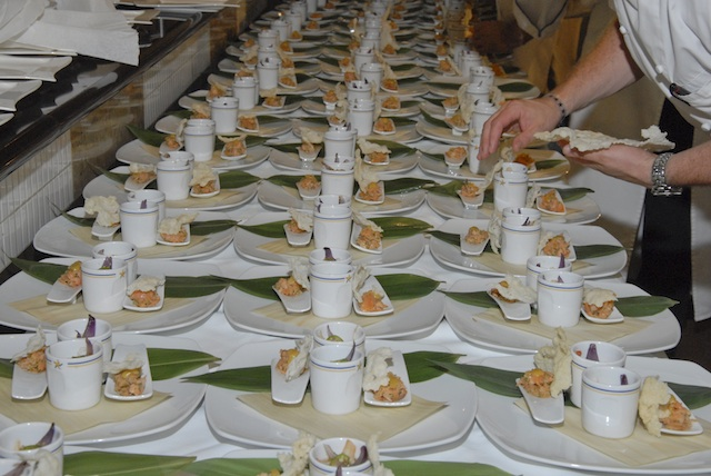 A lot of plates for a lot of guests!