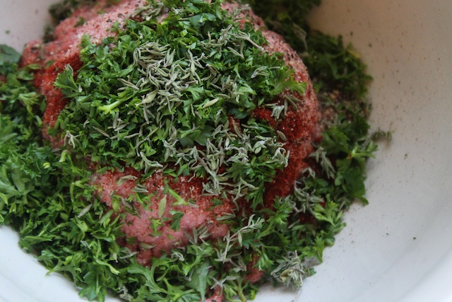 Pork mince with herbs