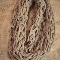 Loving...a chunky scarf {DIY}