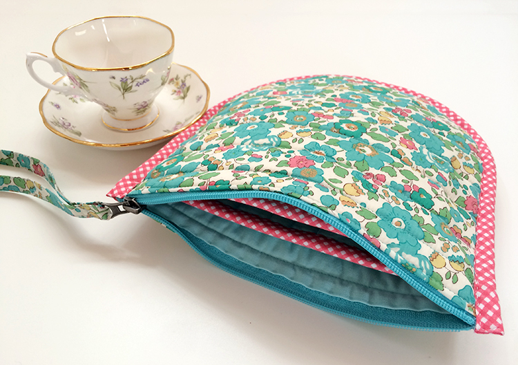 teacup carrier 2