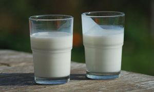 How to Substitute Buttermilk
