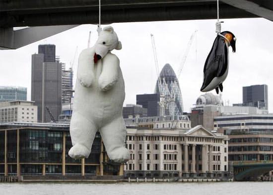 london-bridge-penguin-and-p