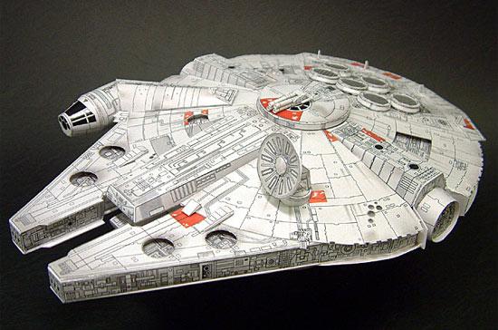 millenium-falcon-papercraft