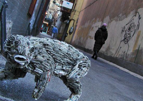 newspaper-creature