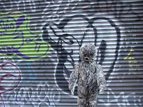 street-newspaper-sculpture