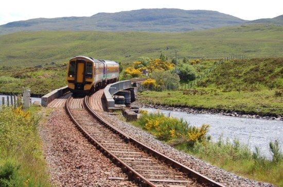 The_train_to_Kyle_of_Lochalsh_-_geograph.org.uk_-_467835