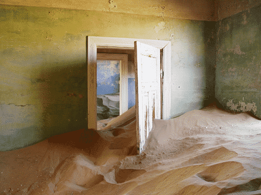 Thriving Places That Turned into Creepy Ghost Towns