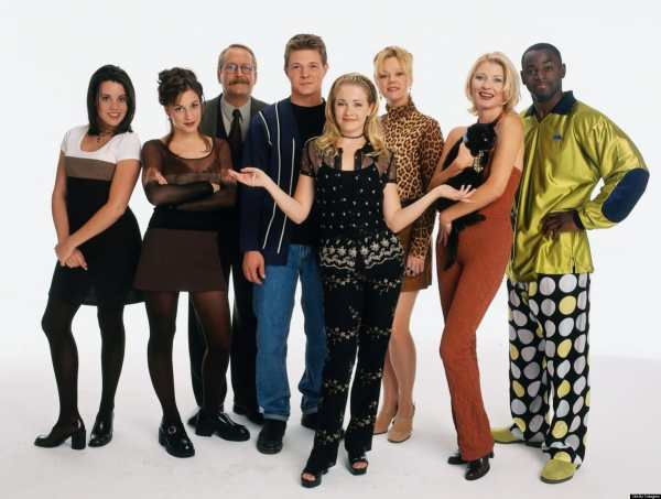 6 TGIF shows that left a mark - Sabrina The Teenage Witch.