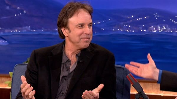 The list of 6 comedian aimed death threats includes Kevin Nealon.