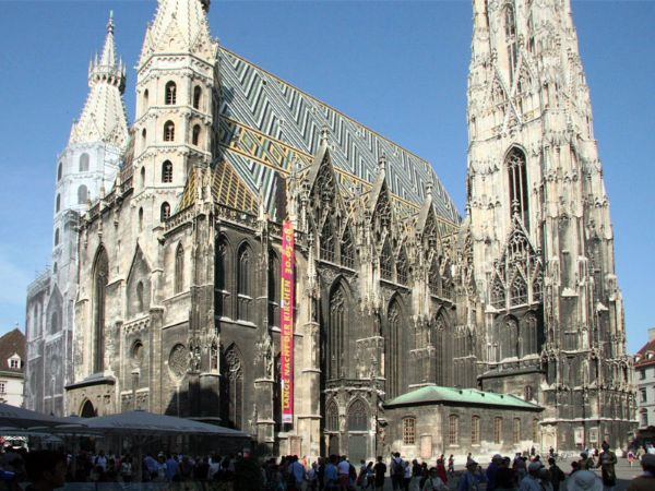 St. Stephen's - Breathtaking Gothic Cathedrals