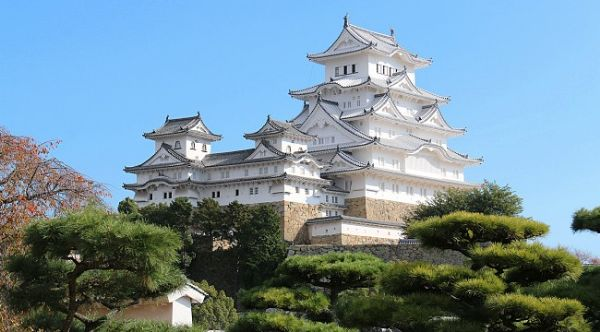 Most Haunted Castles In The World - Himeji