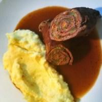 Rouladen mit Kartoffelbrei und Sauce