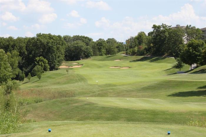 Thousand-Hills-Golf