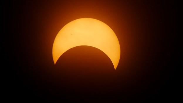 eclipse-1871740_960_720