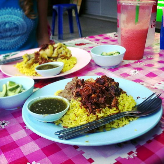 Eating Street Food on a Chiang Mai Budget