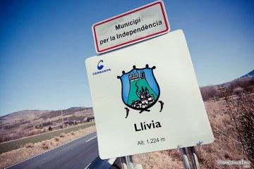 entrando a Llivia