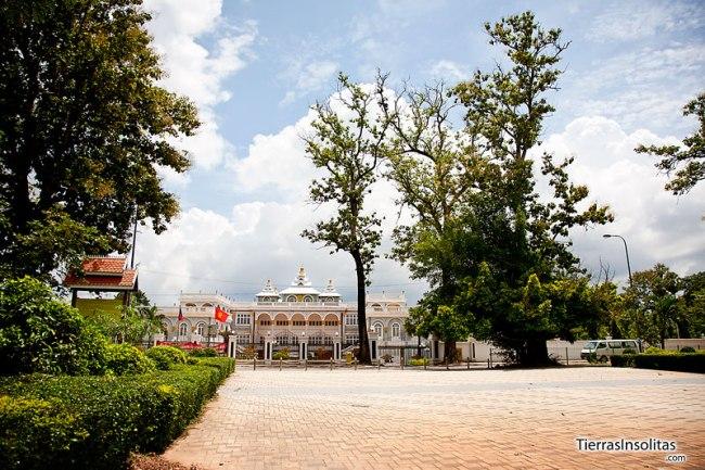 vista del palacio presidencial en vientiane