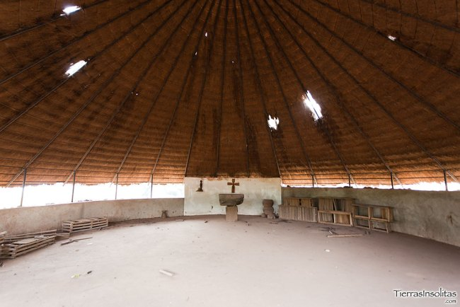 iglesia católica en iwol