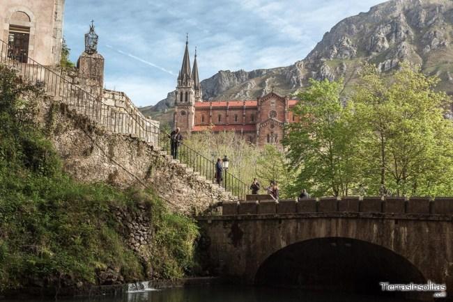 basilica santa maria la real de covadonga