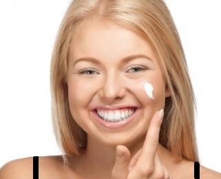 Is Moisturizing Bad for Acne Prone Skin?