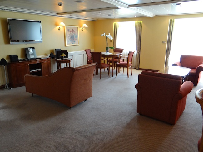 Silversea Silver Whisper Grand Suite