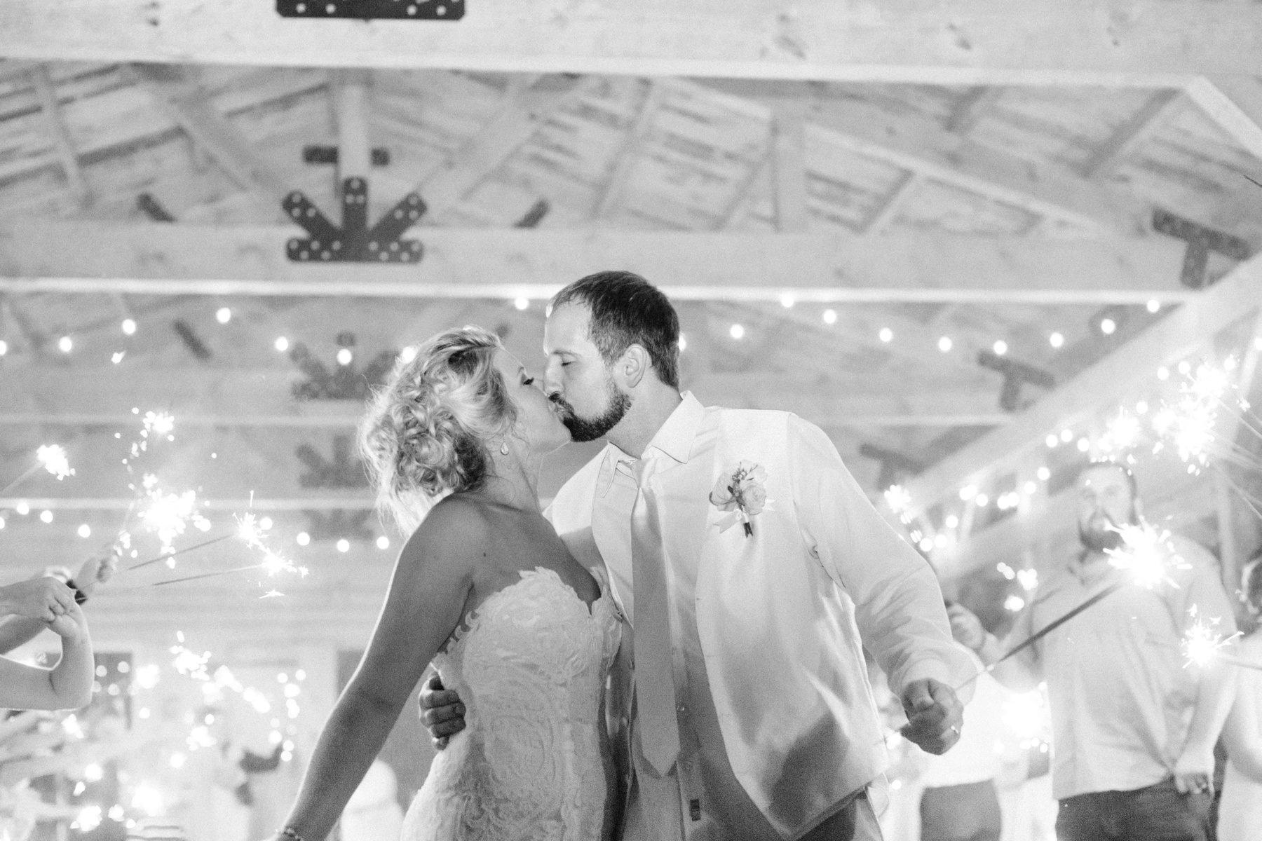 Tire Swing Photography | Timeless Charm Wedding | Camden, Ohio 45