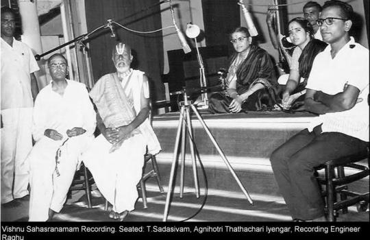 M.S.Subbulakshmi-During-The-Recording-Of-Vishnu-Sahasra-Namam-Album