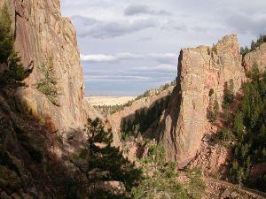 1024px-Eldorado_Canyon