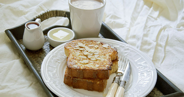 パンとコーヒーの写真