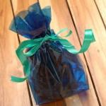 Como hacer una bolsa de regalo con papel Celofán
