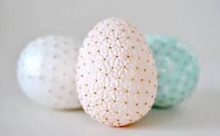 Como hacer un Huevo de pascua con lentejuelas